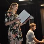 Na zkoušce zpívá Světlana z not, na představení je ale odloží