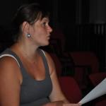 Na dramatický aspekt zkoušy dohlíží paní režisérka Lada